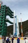 한국형 발사체 '누리호' 기립 성공