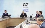 """바이든 스킨십이 바꾼 G7 분위기…마크롱도 """"미국 돌아왔다"""""""