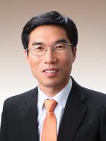 한국해양대 국승기 교수, '항로표지 발전 공로' 해양수산부장관상 수상