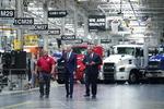 바이든 대통령, 미국 제조업 강화 총력전