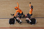 모습은 달라도 기쁨은 같다…네덜란드, 트랙 사이클링 女 1000m 금