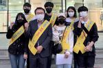 동주대, 학생들이 모여 지역사회 소상공인을 위한 방역캠페인 진행